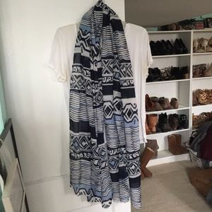Forever 21 Patterned Lightweight Scarf